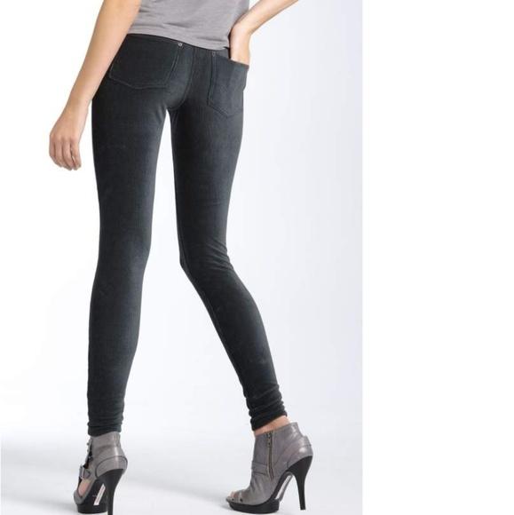 6147096e79717 HUE Pants | Corduroy Legging W Pockets M | Poshmark